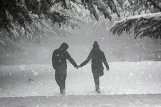 Romantic snow dates in the winter, Date ideas #love