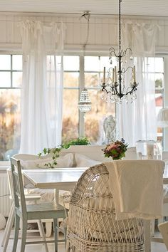 Insane Shabby Chic 101 – The New Modern Look – L' Essenziale The post Shabby Chic 101 – The New Modern Look – L' Essenziale… appeared first on Poll Decor .