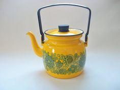 Yellow Enamel Tea Kettle, Kaj Franck Arabia Finel Vintage Mid Century Yellow Floral Tea Pot, Finland Scandinavian Tea Kettle