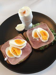 Krea10vmamma: Grovskiver med skinke og egg