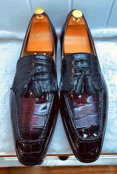 Mens Alligator Tassel Loafer Formal Alligator Slip-On Shoes Mens Shoes Boots, Shoe Boots, Loafer Shoes, Loafers Men, Zapatillas Slip On, Tassel Loafers, Mens Fashion Shoes, Formal Shoes, Slip On Shoes