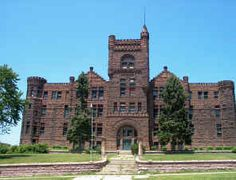 Central High School, Sioux City Iowa.  A grand structure that is no longer a school but has been renovated and made into apartments.