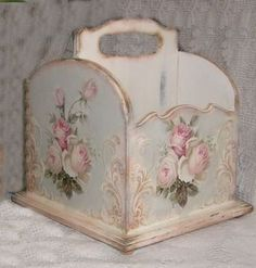 DECOUPAGE, Shabby chic decor and small wooden box for any type of life storage..pens&pencils, remotes..hair brushes ..ect