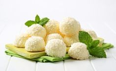 White chocolate snowball truffles rolled in coconut Sweet Recipes, Snack Recipes, Snacks, Chocolate Snowballs, Protein Muffins, Happy Kitchen, Protein Ball, Almond Recipes, Thanksgiving Recipes