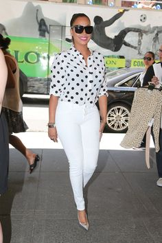LaLa Anthony steps out in a polka dot blouse and white pants in Midtown New York City White Fashion, Look Fashion, Daily Fashion, Fashion News, 70s Fashion, Looks Chic, Casual Looks, Chic Outfits, Classy Outfits