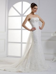 charming Trumpet/Mermaid style  Lace wedding dress I adore!