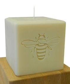 I love a bee on anything! So very French, or maybe it reminds me that I'm the 'Queen Bee' around here! This company also makes gorgeous monogrammed candles-really great gifts. Take a look at this Bee Soy Candle by Carved Solutions on #zulily today!