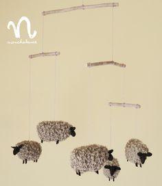 【再販】もふもふ毛糸の羊モビール