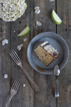 tarta-rustica-manzana-mascarpone - Tobegourmet Tableware, Gourmet, Rustic Cake, Apple Cakes, Orange Blossom, Cream, Pies, Recipes, Mascarpone