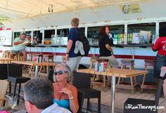 Karakter Beach Bar - St Marteen