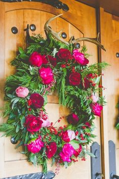 Peony wreath | 7 Unique And Easy Ways To Decorate For The Holidays