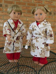 Brady & Hessie showing off their new coordinating robes for the PJ's.  Brady's are from Simplicity 5276 & Hessie's are from Simplicity 5733. (Next time I do the robe from 5733, think I will do piping on the edge/line the hood to give it a little more contrast.)