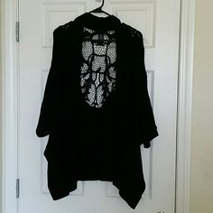 Black Torrid Cocoon Sweater with Lace Back Cozy, comfortable and stylish, you'll love this cocoon sweater with beautiful lace cutout back. Torrid Size 4. torrid Sweaters Cardigans