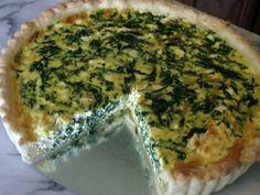 A franciák pizzája sokkal egészségesebb és változatosabban elkészíthető, mint a hagyományos. Nagy előnye az is, hogy rengeteg zöldséget (nem mirelitet!) használnak hozzá.