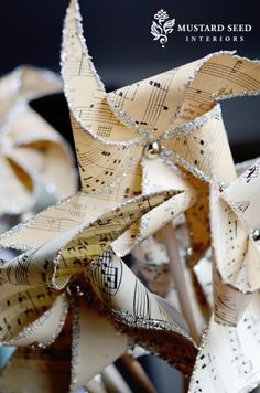 Easy to Make Romantic Sheet Music Decorating Projects- DIY Vintage Decor Ideas 2017 Sheet Music Pinwheel. Sheet Music Ornaments, Sheet Music Crafts, Old Sheet Music, Music Paper, Music Sheets, All Things Christmas, Christmas Crafts, Christmas Decorations, Christmas Ornaments