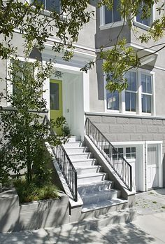 1906 Victorian Pacific Heights remodel by San Francisco-based Feldman Architecture. Beautiful pics of this house! I want this house! Front Door Paint Colors, Painted Front Doors, Front Door Design, Exterior Paint Colors, Grey Exterior, Exterior Doors, Exterior Design, Exterior Remodel, Modern Exterior
