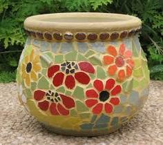 Image result for mosaic planters pots Mosaic Planters, Mosaic Birdbath, Mosaic Vase, Mosaic Flower Pots, Mosaic Birds, Mosaic Diy, Mosaic Garden, Mosaic Crafts, Mosaic Projects