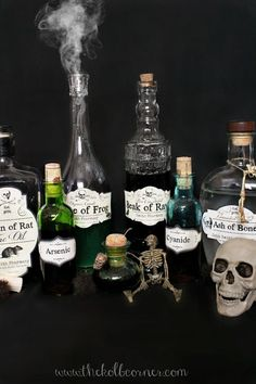 Easy DIY Poison Bottles for Halloween decor! Make these incredibly easy Apothecary Jars with free printable labels. Halloween Apothecary Labels, Halloween Bottle Labels, Halloween Potions, Halloween Crafts, Halloween Ideas, Halloween Party, Halloween Stuff, Halloween Costumes, Halloween Makeup