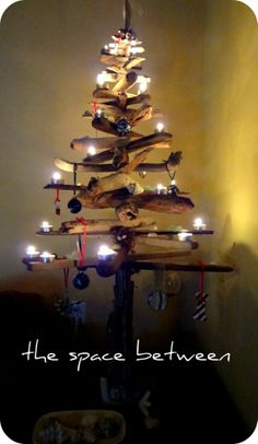 Driftwood Christmas tree from The Space Between  11 Homemade Christmas Ornaments  http://thespacebetweenblog.net/2012/11/09/11-homemade-christmas-ornament-ideas/?utm_source=feedburner_medium=email_campaign=Feed%3A+wordpress%2FRSS11+%28the+space+between%29