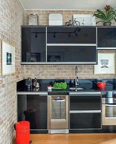 ideas for house vintage modern kitchen designs Aluminum Kitchen Cabinets, Aluminium Kitchen, Kitchen Interior, Kitchen Decor, Sweet Home, Cuisines Design, Modern Kitchen Design, Kitchen Designs, Home Kitchens