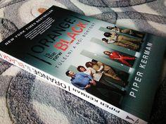Nem volt tervezve ez a könyv, de szerencsére egy akcióval megvásároltam. Az egyik kedvencem lett és szinte kötelező jelleggel ajánlom mindenkinek. Piper Kerman - Orange is the new black c. könyve egy igazi csoda.