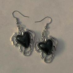 Ear Jewelry, Cute Jewelry, Jewelry Accessories, Black Jewelry, Grunge Jewelry, Accesorios Casual, Diy Schmuck, Mode Outfits, Ear Piercings