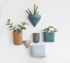 Nordic Creative Modern Ceramic Wall Vase Creative Hanging Flower Pot Succulent Plant Pot Wall Planters Home Decoration Ornaments Ceramic Wall Planters, Wall Mounted Planters, Outdoor Wall Planters, Concrete Planters, Hanging Planters, Ceramic Vase, Ceramic Pottery, Planter Pots, Succulent Pots