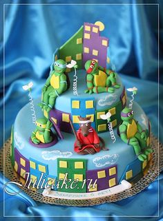 TMNT cake. Ninja Turtles with Splinter. Happy colors.