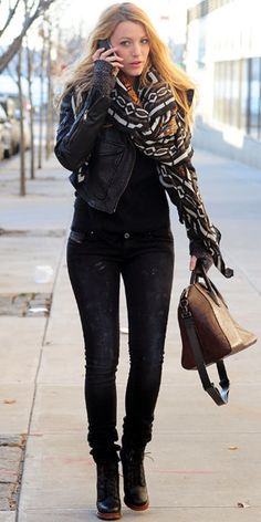 """Not too much of a fan for her but I love her outfit. The """"All-Black"""" look is always good."""