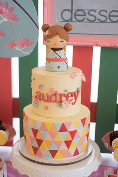 Audrey's Kokeshi Doll Themed Party – Cake