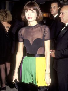 anna wintour 1991, being fabulous, wearing mardi gras colors