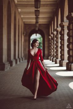 """intermodal: """" dolcemania: """" by Tikal-SH """" @ms-curves likes red, so I tag it thusly. """" I do like red. And while I am not sure I would ever wear this dress myself, I do like it… and love the picture."""