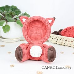 This is a crochet pattern (PDF file) NOT a finished Photo Frame you see on the photos! Kawaii Crochet, Crochet Fox, Crochet Yarn, Diy Crochet Accessories, Holiday Crochet, Sport Weight Yarn, Fox Pattern, Crochet Projects, Creations