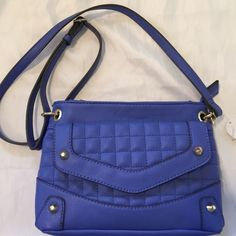 NWT RARE!! JESSICA SIMPSON CARLY CROSSBODY Brand-new Jessica Simpson cross body features single adjustable shoulder strap, top zip closure, inside zippered pocket, and sidepocket. Exterior features one snap closure pocket on front of bed and open slip pocket on back. Dimensions 10 x 6.5 x 2.5 with 21 inch adjustable strap drop Jessica Simpson Bags Crossbody Bags