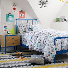 Shop Organic Rad Robot Duvet Cover.  We specifically programmed this robot duvet cover to be both rad and comfortable.  The colorfully printed robots definitely make it rad.