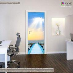 Γαλάζια προβλήτα στην θάλασσα, αυτοκόλλητο πόρτας Oversized Mirror, Flat Screen, Furniture, Home Decor, Flatscreen, Interior Design, Home Interior Design, Arredamento, Home Decoration