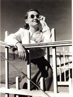 Bette's Classic Movie Blog: The Bette Davis Persona
