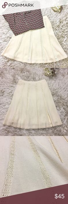 "Anthropologie Ivory Wool Skirt Beautiful Anthropolgie ivory wool skirt. Lined. Knee length. (21"") Perfect for fall winter transition. Only worn a few times. Size small. 70% Wool. 30% rayon. Feel free to ask questions! Anthropologie Skirts"