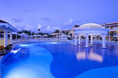 Hotel Luxury Bahia Principe Ambar Blue, dovolena a zájazdy do hotela Luxury Bahia Principe Ambar Blue - Playa Bavaro - YCZE - W17 - INVIA.SK