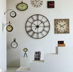 Horloge murale 101.5 cm de diamètre Myron Big prix promo Alinea 89.00 € TTC.