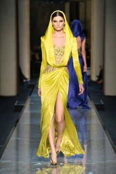 Atelier Versace Spring 2014 Haute Couture Show