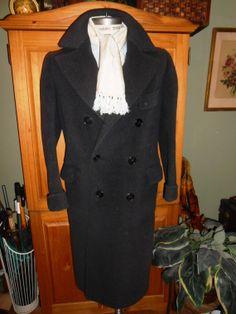 McGrath Chicago 1930's vintage men's coat 40R tagged heavy plum colored wool belt back(425)