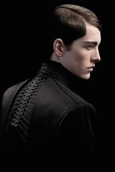 Spine #details #mens #fashion #style