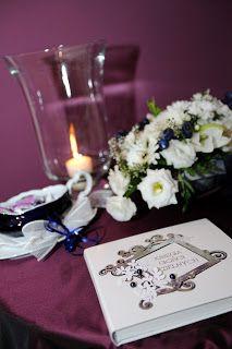 memorial book Blueberry Wedding, Birthday Candles, Memories, Table Decorations, Book, Home Decor, Decoration Home, Books, Interior Design
