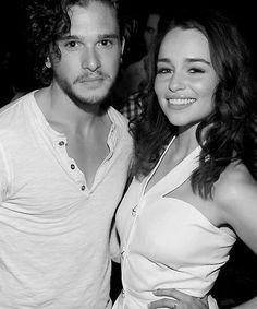 Jon Snow (Kit Harrington) and Daenerys Targaryen (Emilia Clarke) - gah, love them both!
