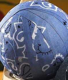 Crafty Tutorial:  Quick & easy Patriotic Rag Balls celebrate July 4th