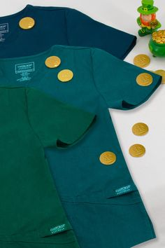 It's your lucky day! ☘️ looking for a shade of green? We have it! ON SALE NOW! 🙋🏾♀️ #scrubinuniforms #luckoftheirish #shadesofgreen #scrublifescrubstyle #nursesofinstagram #nursingstudent #vettechlife #dentalasdistant #dentalhygienist Core Stretches, Cherokee Scrubs, Healing Hands, Lucky Day, Skirts For Sale, Standard Textile, Drawstring Pants, Lady V, Shades Of Green