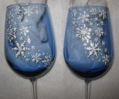 Just finished this set of 2 snowflake wine glasses. They are handpainted on blue wine glasses. Contact me for more information on placing a. Blue Wine Glasses, Wine Bottle Glasses, Wine Bottle Art, Wine Bottles, Eye Glasses, Decorated Wine Glasses, Hand Painted Wine Glasses, Painting On Wine Glasses, Wine Glass Crafts