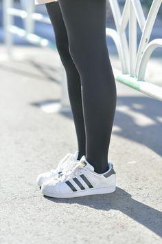 Black Opaque Tights, Grey Tights, Mens Tights, Black Pantyhose, Cute Tights, Tights Outfit, Adidas Superstar, Geek Chic Outfits, Pantyhose Outfits