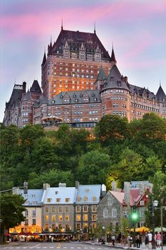 15 Can't-Miss Things to Do in Quebec City Canada Old Quebec, Montreal Quebec, Quebec City, Immigration Au Canada, Canada Winter, Places To Travel, Places To See, Pvt Canada, Toronto Canada